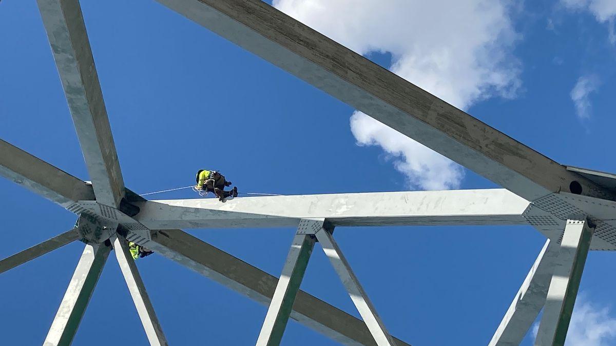 I-40 bridge inspection