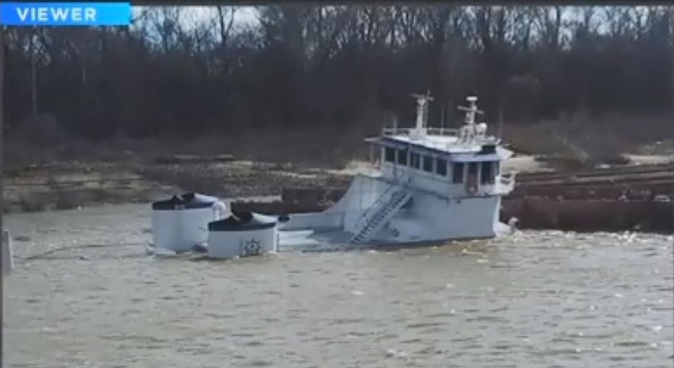 """The """"William E. Strait"""" sank 20 feet into the Mississippi River in December 2015. (Source:..."""