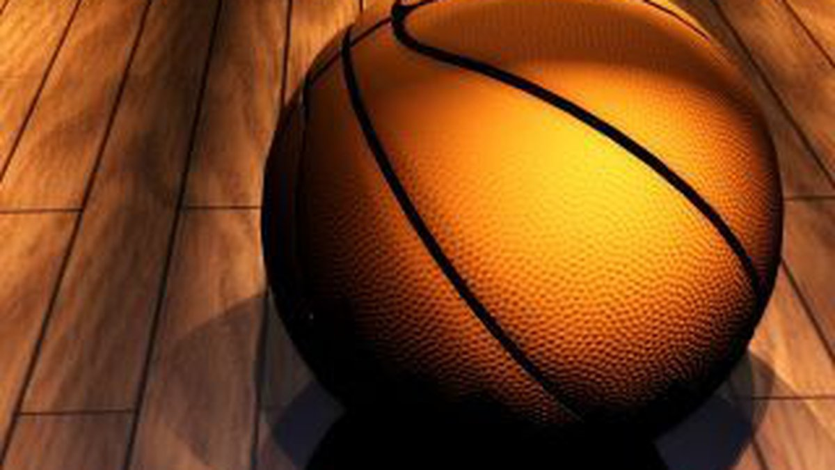 Tonight is the season premiere of Heartland Hoops! Watch at 10 for the latest scores and...