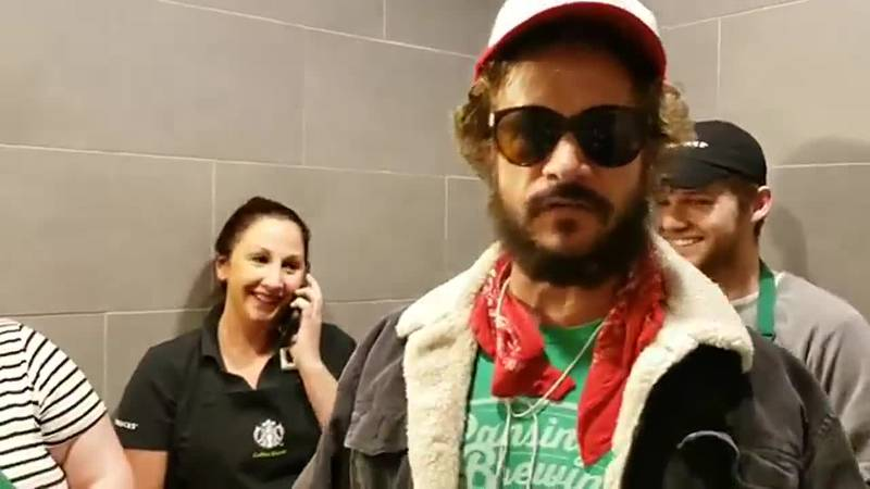 Pauly Shore inside Evansville Starbucks (Source: Facebook)