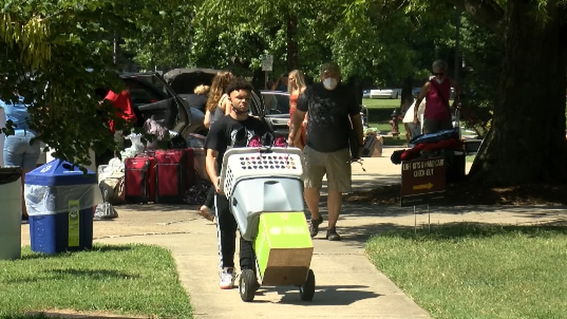 New Southern Illinois University students move into the residence halls on campus.
