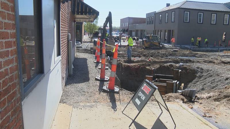 Businesses finding ways to manage through road construction