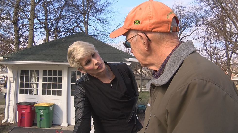Dr. Sam Hunter describes encountering a stranger in his son's driveway in Sikeston on 1-22-2018