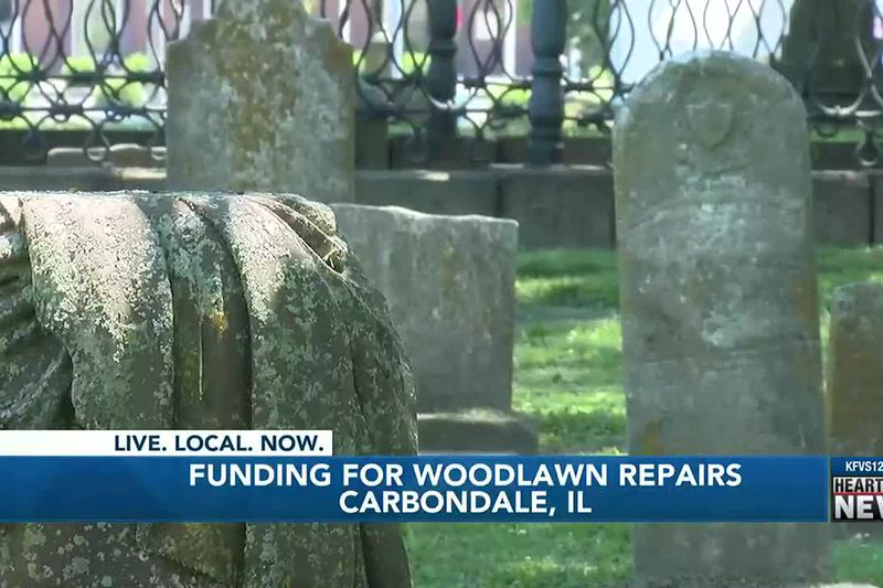 Carbondale Woodlawn cemetery in need of repairs