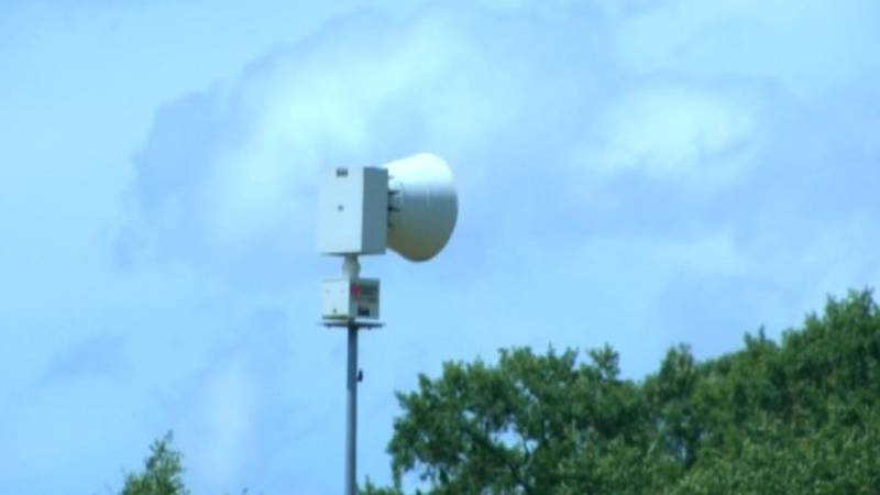 This is a tornado siren in Perryville, Mo.  (Source: KFVS)