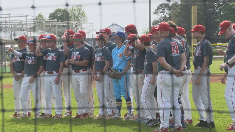 The Paragould baseball team honored a Valley View player whose father passed away from cancer...