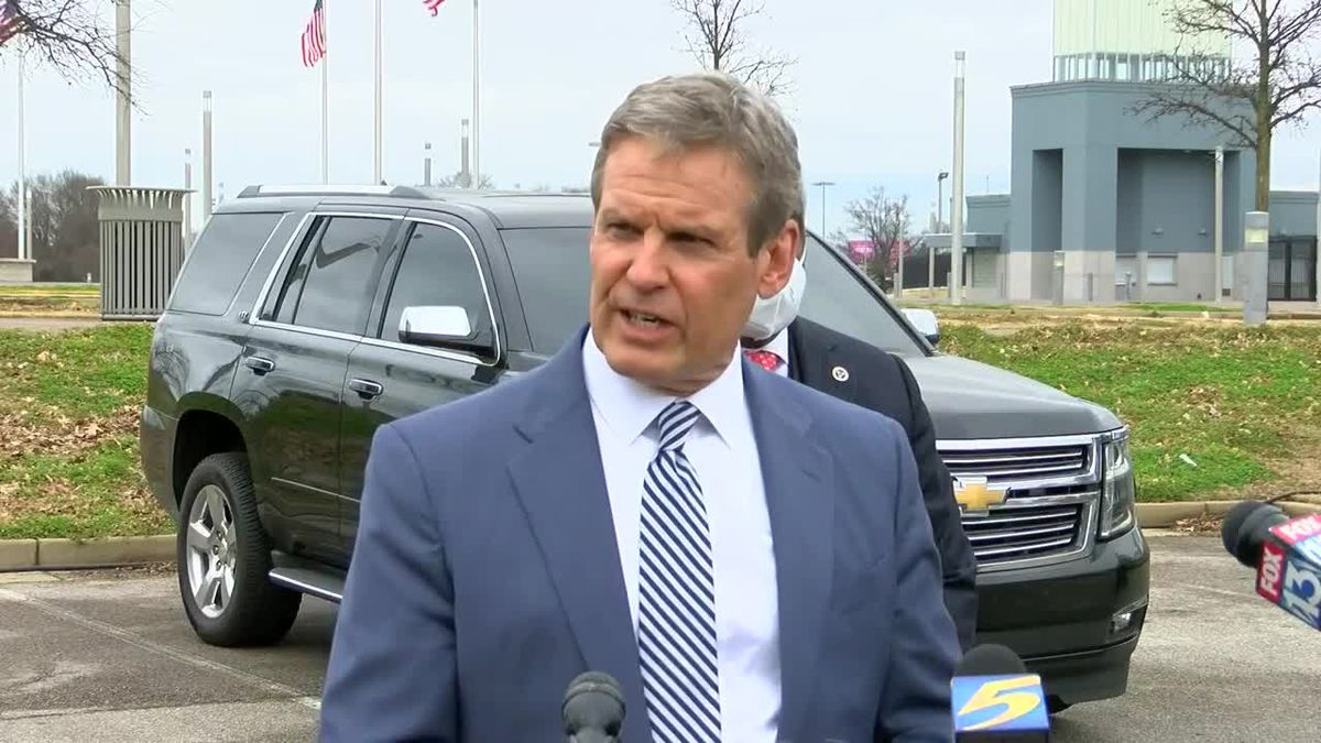 Gov. Bill Lee visits Memphis vaccine site after investigation into Shelby County vaccine...