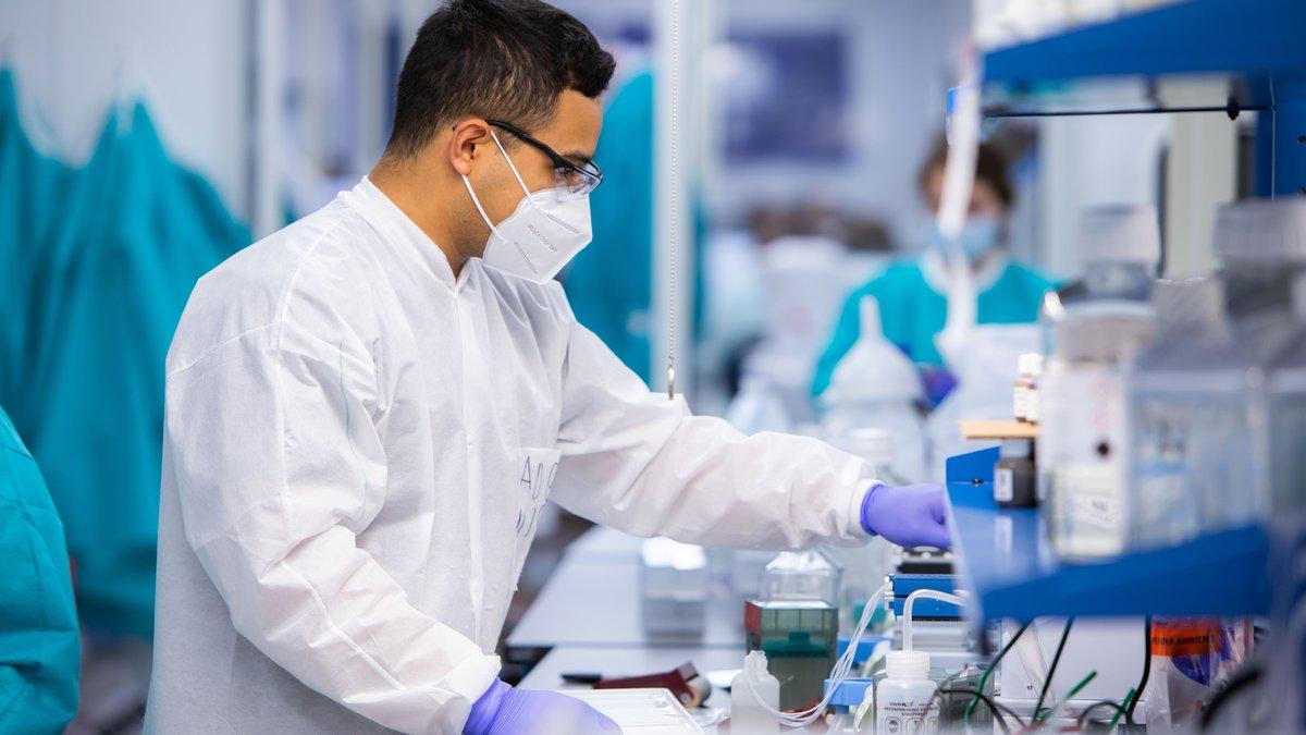 MAKO Medical team members processing testing samples in the Henderson, NC laboratory.