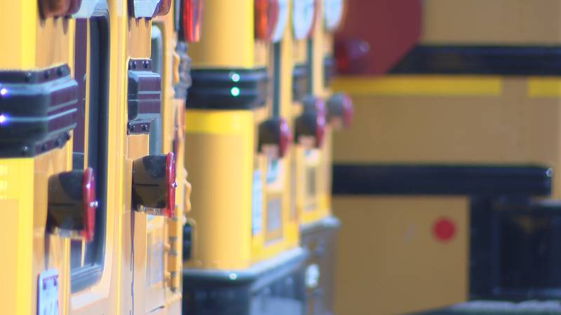 School bus drivers in East Prairie, Mo. are saying the school district is taking a wrong turn...