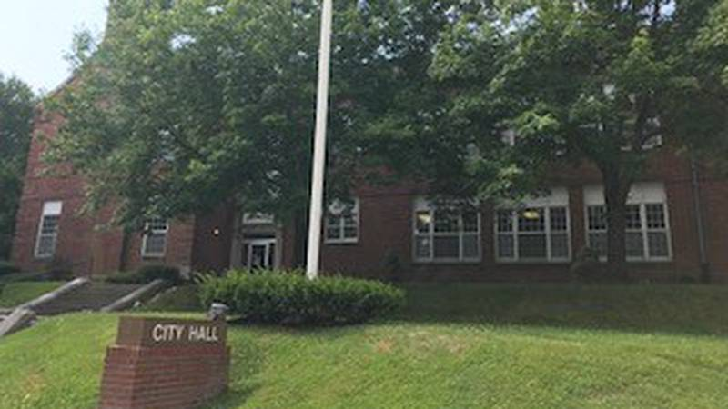 Cape Girardeau City Hall is located on the 400 block of Independence Street.  (Source:...