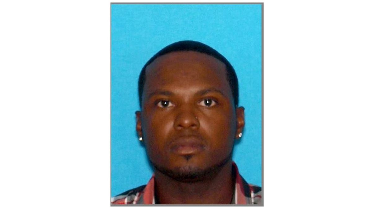 Michael Shumpert is wanted on charges of second-degree assault.